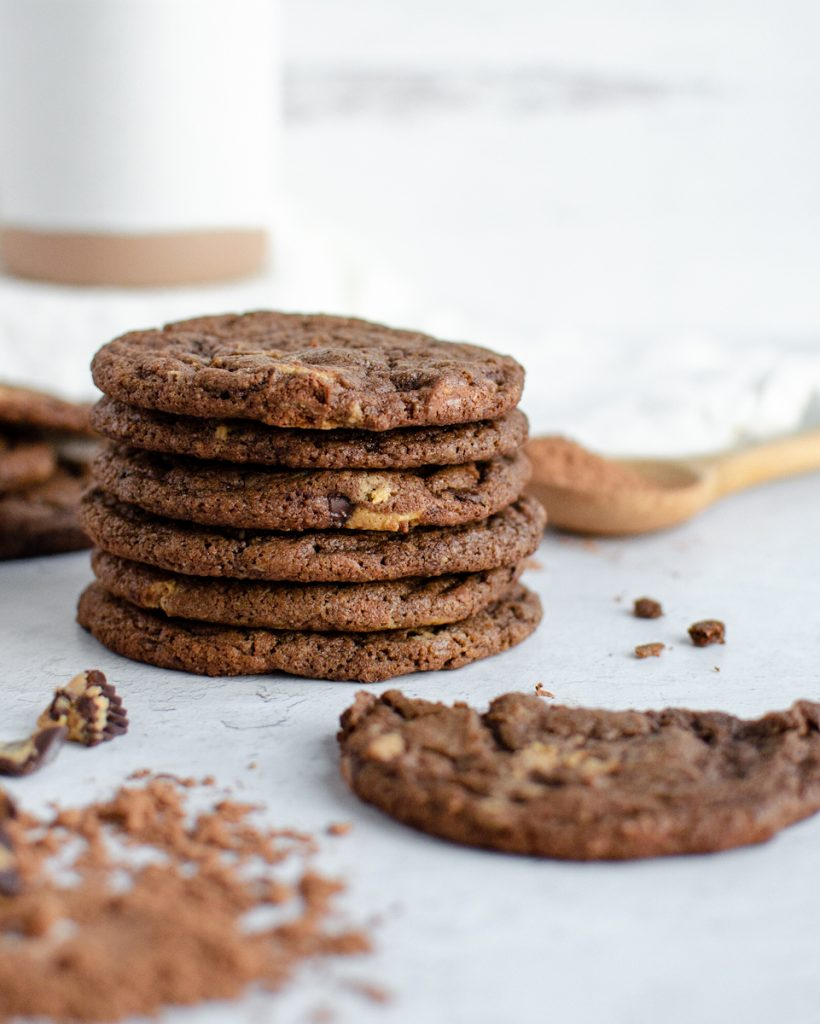 Chocolate Cookies with peanut butter cups and cocoa